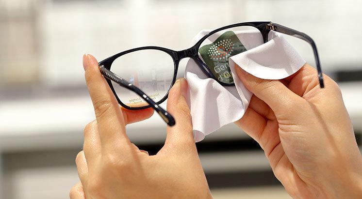 Conseils d'entretien des lunettes