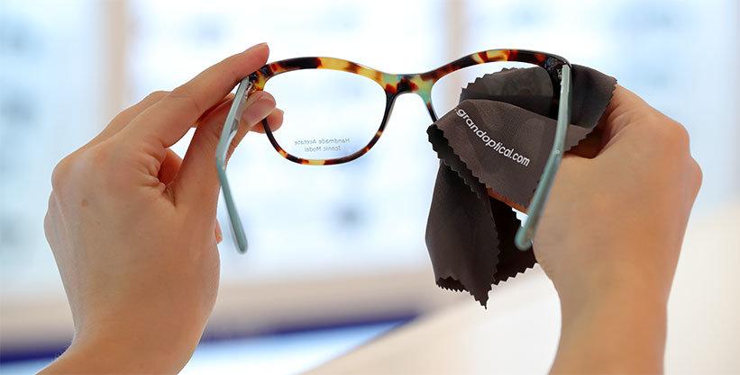 Entretenir et nettoyer ses lunettes   GrandOptical e53b2717706a