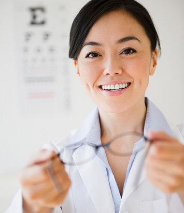 5e7a5ac8bcb82 L opticien expert au service de votre santé visuelle