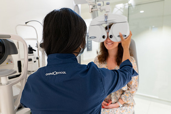 Faites examiner votre vue par nos opticiens experts